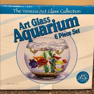 Art glass aquarium 6 pc set bowl, 4 fish, kelp